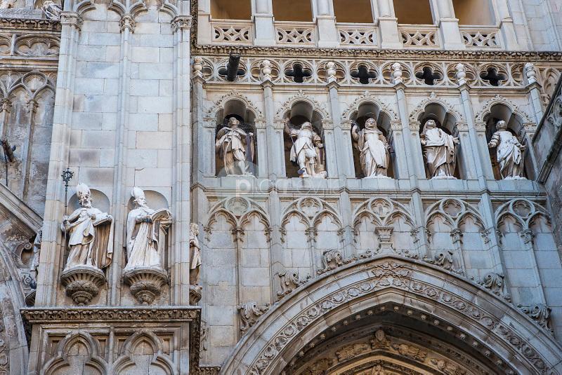Catedral de Toledo. Toledo. España ©ANTONIO REAL HURTADO catedral catedral detalle portico relieve arquitectura portico turismo religion monumento Castilla La Mancha Toledo turismo arte historia / PILAR REVILLA