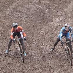 29-01-2017: Wielrennen: Wereldkampioenschap veldrijden: Luxemburg<br />BIELES (LUX) cyclocross  <br />Lars van der Haar en Michael Boros