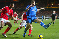 27/11/2004 - FA Barclaycard Premiership - Charlton Athletic v Chelsea - The Valley<br />The skills of Chelsea's Arjen Robben in the penalty area with Charlton Athletic's Jon Fortune and Matt Holland (hidden)<br />Photo:Jed Leicester/Back Page Images