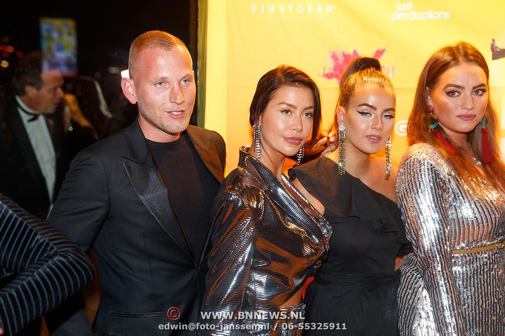 NLD/Amsterdam/20181122 - Premiere First Kiss, Wim Glas en Jamie Vaes