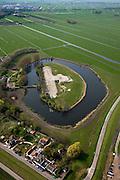 Nederland, Noord-Holland, Waterland, 28-04-2010; Fort bij Edam, het meest noordoostelijk gelegen onderdeel van de Stelling van Amsterdam..Fort Edam, the most north eastern part of the Defence Line of Amsterdam.luchtfoto (toeslag), aerial photo (additional fee required).foto/photo Siebe Swart