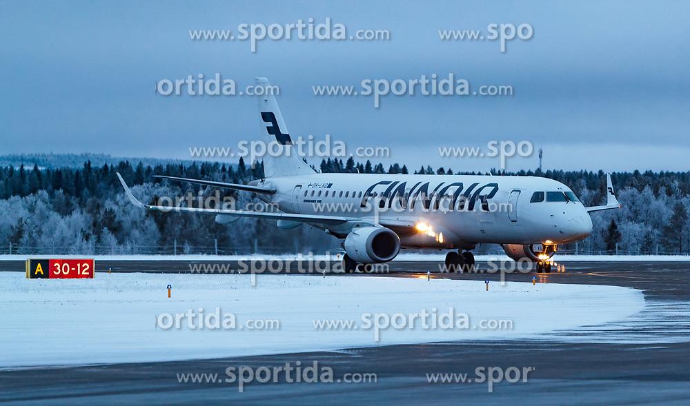 THEMENBILD - ein Finnair Embraer 190 Flugzeug mit der Kennung OH-LKG / OHLKG auf der Start- und Landepiste, aufgenommen am 29. November 2016 am Flughafen Kuusamo, Finnland // the Finnair Embraer 190 aircraft with the registration number OH-LKG / OHLKG on the Runway at the Kuusamo Airport, Finland on 2016/11/29. EXPA Pictures © 2016, PhotoCredit: EXPA/ JFK
