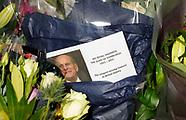 Flower tributes outside Buckingham Palace