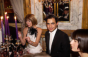 Anna Wintour and Zac Posen, Crillon 2004 Debutante Ball. Crillon Hotel. Paris. 26 November 2004. ONE TIME USE ONLY - DO NOT ARCHIVE  © Copyright Photograph by Dafydd Jones 66 Stockwell Park Rd. London SW9 0DA Tel 020 7733 0108 www.dafjones.com