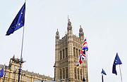 Engeland, Londen, 10-4-2019 Voor het house of Parliament, het britse regeringscentrum en parlement in de city of Westminster, demonstreren tegenstanders van de Brexit. Zij hopen ook dat er een nieuw referendum komt Foto: Flip Franssen