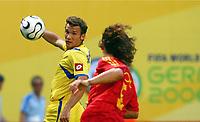 Andriy Shevchenko Ukraine, Carlos Puyol<br /> Fussball WM 2006 Spanien - Ukraine<br /> Spania - Ukraina <br />  <br /> Norway only