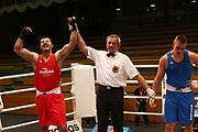 Boxen: Elite, Deutsche Meisterschaften, Viertelfinale, Lübeck, 07.12.2017<br /> Superschwergewicht (91+ KG): Temur Mamoyan (Boxclub Lübeck, SH) - Leon Gavanas (Bayern)<br /> © Torsten Helmke