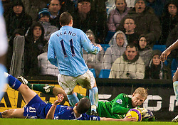 MANCHESTER, ENGLAND - Monday, February 25, 2008: Everton's Leon Osman sees his effort saved by Manchester City's goalkeeper Joe Hart during the Premiership match at the City of Manchester Stadium. (Photo by David Rawcliffe/Propaganda)