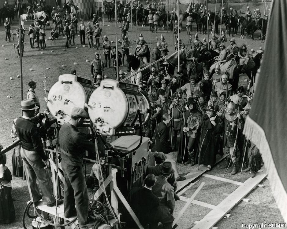 1937 Filming The Adventures Of Robin Hood at Warner Bros. Studios