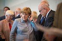 DEU, Deutschland, Germany, Berlin, 16.05.2017: Bundeskanzlerin Dr. Angela Merkel (CDU) vor Beginn der Fraktionssitzung der CDU/CSU im Deutschen Bundestag.