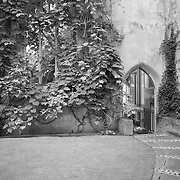 St. Dunstans Arch - London - Black & White