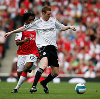 Photo: Steve Bond.<br />Arsenal v Derby County. The FA Barclays Premiership. 22/09/2007. Stephen Pearson keeps plugging away