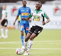 Fotball <br /> Tippeligaen<br /> AKA Arena , Hønefoss <br /> 09.05.2010<br /> Hønefoss BK  v Sandefjord  1-0<br /> Foto: Dagfinn Limoseth, Digitalsport<br /> Umaru Bangura , Hønefoss