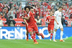 15.02.2014, Allianz Arena, Muenchen, GER, 1. FBL, GER, 1. FBL, FC Bayern Muenchen vs SC Freiburg, 21. Runde, im Bild Freude bei Dante (FC Bayern Muenchen) nach seinem Tor zum 1:0 // during the German Bundesliga 21th round match between FC Bayern Munich and SC Freiburg at the Allianz Arena in Muenchen, Germany on 2014/02/15. EXPA Pictures © 2014, PhotoCredit: EXPA/ Eibner-Pressefoto/ Stuetzle<br /> <br /> *****ATTENTION - OUT of GER*****