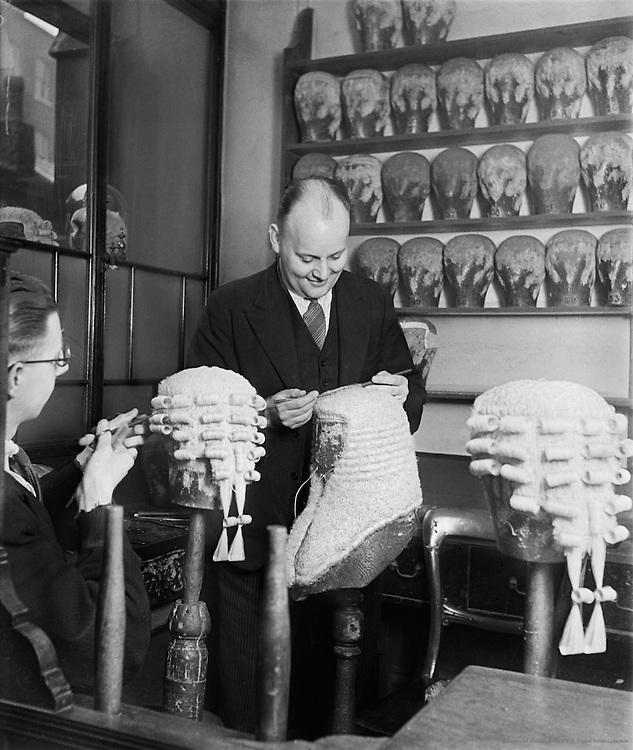 Wigworkers Shop, Temple, London, 1934
