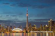 60912-00201 City Skyline at dusk Toronto, ON Canada