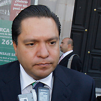 TOLUCA, México.- Ricardo Moreno Bastida, diputado independiente de la LVII Legislatura Local, considera que las condiciones en las que se encuentra el país requieren de cambios profundos, y no manitas de gato. Agencia MVT / Crisanta Espinosa. (DIGITAL)