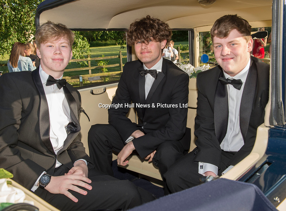 20 June 2019: Cleethorpes Academy Year 11 Prom at Brackenborough Hotel near Louth.<br /> (l-r) Jake Hufton, Alister (corr) Harris and Jack Burgess.<br /> Picture: Sean Spencer/Hull News & Pictures Ltd<br /> 01482 210267/07976 433960<br /> www.hullnews.co.uk         sean@hullnews.co.uk