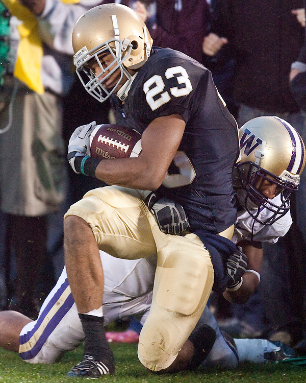 October 3, 2009:  Notre Dame Receiver Golden Tate in action during the NCAA Football game between the Notre Dame Fighting Irish and the Washington Huskies at Notre Dame Stadium in South Bend, IN.  Notre Dame defeated the Washington 37-30 in OT..