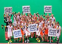 ROTTERDAM - de mannen en vrouwen van Oranje steunen het Jeugd Hockey Fonds, aan de vooravond van de Hockey World League.  FOTO KOEN SUYK
