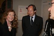 Simon de Pury, Georg Baselitz, Royal Academy. 18 September 2007. -DO NOT ARCHIVE-© Copyright Photograph by Dafydd Jones. 248 Clapham Rd. London SW9 0PZ. Tel 0207 820 0771. www.dafjones.com.