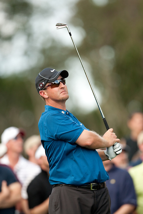 FARMINGDALE, NY - JUNE 19:  David Duval hits his shot during the second round of the 109th U.S. Open Championship on the Black Course at Bethpage State Park on Friday, June 19, 2009. (Photograph by Darren Carroll) *** Local Caption *** David Duval