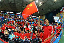 China fans in Palaflorio