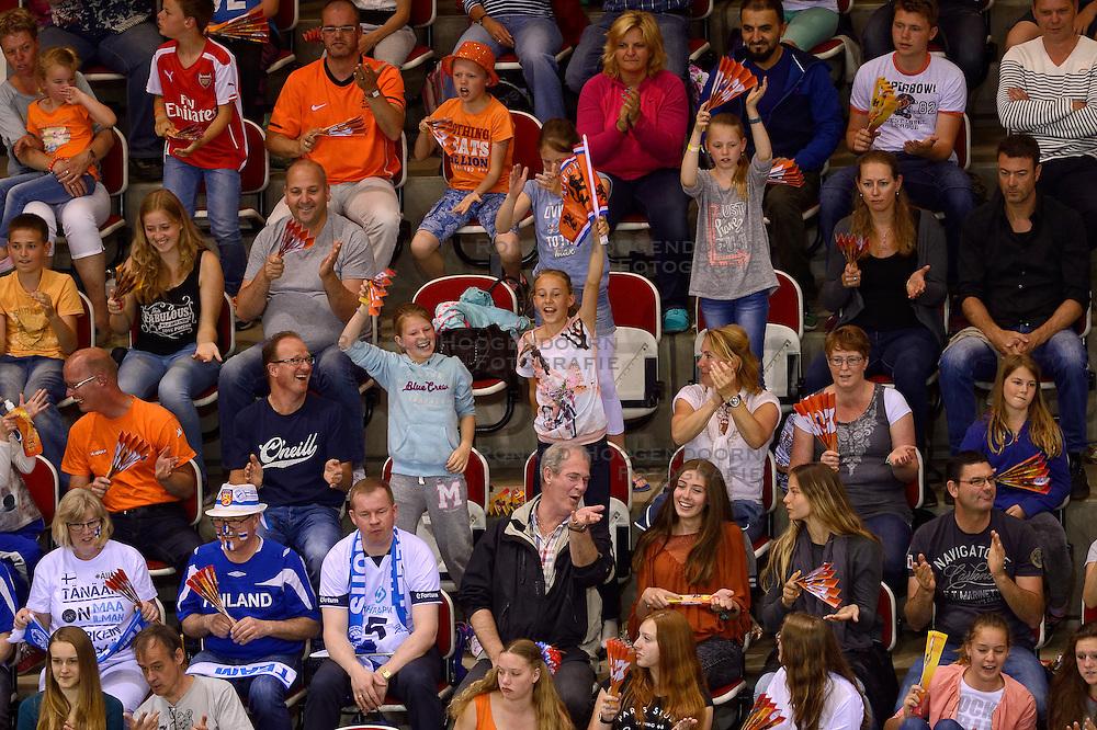 20150614 NED: World League Nederland - Finland, Almere<br /> Publiek, support