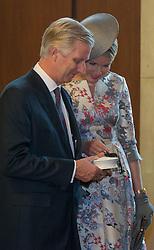 Das belgische Kˆnigspaar Philippe und Mathilde im Rathaus Rˆmer in Frankfurt / 181016 *** King Philippe and queen Mathilde of Belgium visiting City Hall of Franfurt on October 18, 2016 ***