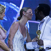 MON/Monte Carlo/20100512 - World Music Awards 2010, Paris en Nicky Hilton reiken award uit aan Will.I.Am
