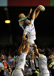 George Robson of Harlequins competes with Alistair Hargreaves of Saracens for the ball at a lineout - Photo mandatory by-line: Patrick Khachfe/JMP - Mobile: 07966 386802 12/09/2014 - SPORT - RUGBY UNION - London - Twickenham Stoop - Harlequins v Saracens - Aviva Premiership