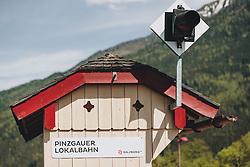 THEMENBILD - ein Wartehäuschen der Pinzgauer Lokalbahn, aufgenommen am 08. Mai 2020, Bramberg, Österreich // a bus shelter of the Pinzgauer Lokalbahn on 2020/05/08, Bramberg, Austria. EXPA Pictures © 2020, PhotoCredit: EXPA/ Stefanie Oberhauser