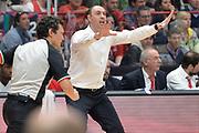 DESCRIZIONE : Milano Lega A 2015-16 Olimpia EA7 Emporio Armani Milano Giorgio Tesi Group Pistoia<br /> GIOCATORE : Vincenzo Esposito<br /> CATEGORIA : Coach<br /> SQUADRA : Giorgio Tesi Group Pistoia<br /> EVENTO : Campionato Lega A 2015-2016<br /> GARA : Olimpia EA7 Emporio Armani Milano Giorgio Tesi Group Pistoia<br /> DATA : 01/11/2015<br /> SPORT : Pallacanestro <br /> AUTORE : Agenzia Ciamillo-Castoria/I.Mancini<br /> Galleria : Lega Basket A 2015-2016 <br /> Fotonotizia : Milano  Lega A 2015-16 Olimpia EA7 Emporio Armani Milano Giorgio Tesi Group Pistoia<br /> Predefinita :