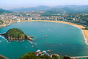SPAIN, NORTH, BASQUE San Sebastian, Bahia de Concha