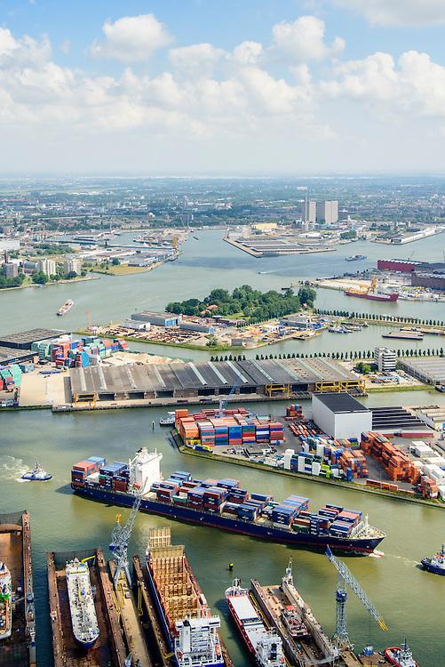 Nederland, Zuid-Holland, Rotterdam, 10-06-2015; Container schip CMA CGM Azure vaart de Eemhaven binnen, geassisteerd door twee sleepnoten van Fairplay, passeert de drijvende dokken van Damen Shiprepair Van Brink. In de achtergrond Waalhaven en Heijplaat, skyline Rotterdam aan de horizon.<br /> Container ship entering Eem harbour being assisted by tugs.<br /> luchtfoto (toeslag op standard tarieven);<br /> aerial photo (additional fee required);<br /> copyright foto/photo Siebe Swart