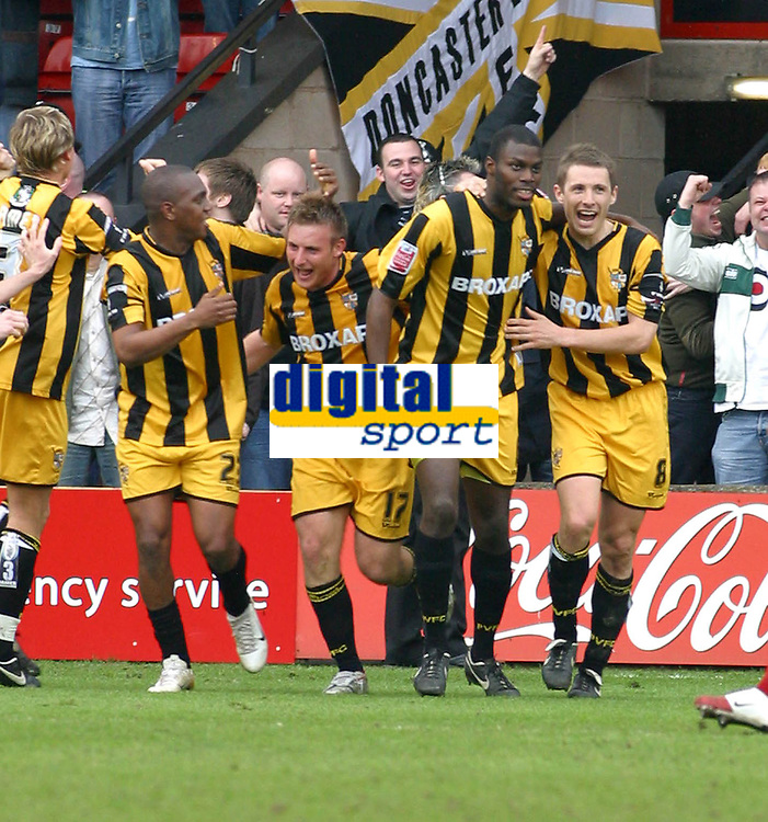 Photo: Dave Linney.<br />Walsall v Port Vale. Coca Cola League 1. 15/04/2006.<br />Port Vales Clayton Fotrune(second from right) makes it 1-1