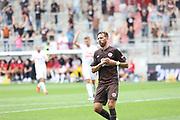 Fussball: 2. Bundesliga, FC St. Pauli - Holstein Kiel, Hamburg, 25.07.2021<br /> Jubel von Tiorschuetze Guido Burgstaller (Pauli)<br /> © Torsten Helmke