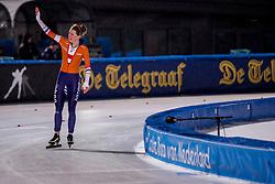 09-03-2018 NED: WK Schaatsen Allround, Amsterdam<br /> Ireen Wust NED  bedankt het publiek