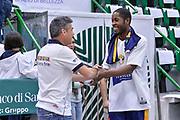 DESCRIZIONE : Beko Legabasket Serie A 2015- 2016 Dinamo Banco di Sardegna Sassari - Manital Auxilium Torino<br /> GIOCATORE : Jerome Dyson<br /> CATEGORIA : Fair Play Before Pregame<br /> SQUADRA : Manital Auxilium Torino<br /> EVENTO : Beko Legabasket Serie A 2015-2016<br /> GARA : Dinamo Banco di Sardegna Sassari - Manital Auxilium Torino<br /> DATA : 10/04/2016<br /> SPORT : Pallacanestro <br /> AUTORE : Agenzia Ciamillo-Castoria/L.Canu