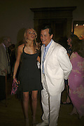 Noelle Reno and Matthew Mellon, Summer Exhibition preview party. Royal Academy. Piccadilly. London. 7 June 2006. ONE TIME USE ONLY - DO NOT ARCHIVE  © Copyright Photograph by Dafydd Jones 66 Stockwell Park Rd. London SW9 0DA Tel 020 7733 0108 www.dafjones.com