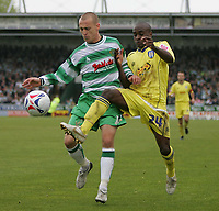 Photo: Lee Earle.<br /> Yeovil Town v Colchester United. Coca Cola League 1. 06/05/2006. Yeovil's David Poole (L) battles with Jamal Campbell-Ryce.