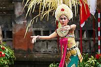 Indonesie. Bali. Danseuse de Legong. // Indonesia. Bali. Legong dancer