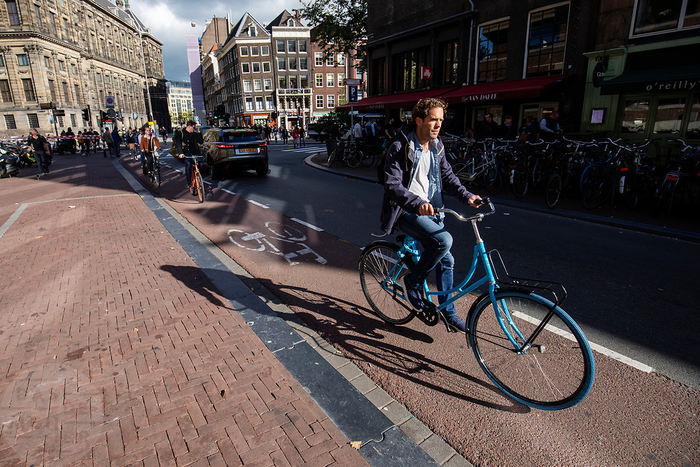 Fietsers in Amsterdam.<br /> <br /> Cyclists in Amsterdam