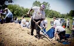 June 1, 2017 - Apple Valley, MN, USA - United States - Minnesota Vikings' Shamar Stephen and other players helped students at Cedar Park Elementary School build a new playground, Thursday, June 1, 2017 in Apple Valley, MN.    ]  ELIZABETH FLORES • liz.flores@startribune.com (Credit Image: © Elizabeth Flores/Minneapolis Star Tribune via ZUMA Wire)
