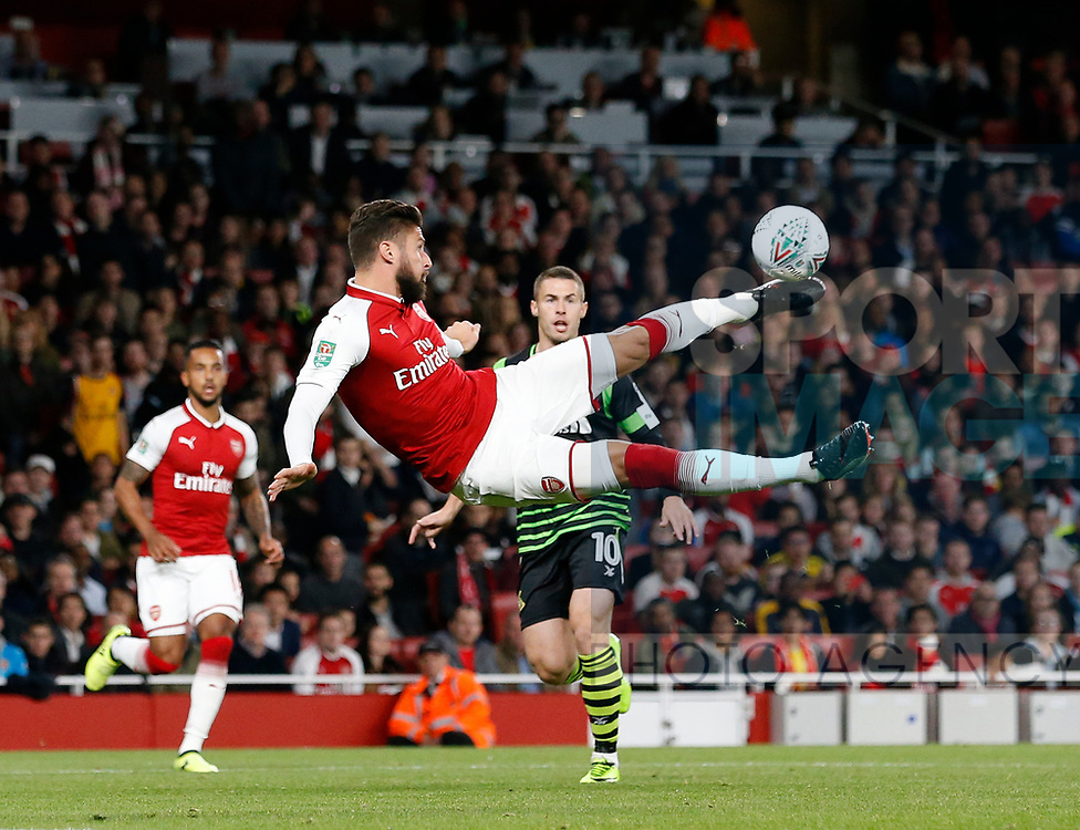 Arsenal's Olivier Giroud fires in a shot during the Carabao cup match at the Emirates Stadium, London. Picture date 20th September 2017. Picture credit should read: David Klein/Sportimage