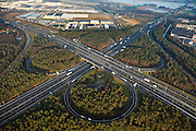 Nederland, Provincie, Plaats, 10-01-2011;.Knooppunt Zaarderheiken met klaverblad..The Cloverleaf Zaarderheiken in the village of Venlo..luchtfoto (toeslag), aerial photo (additional fee required).foto/photo Siebe Swart