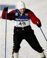 "Ski , 12 mars 2006 ,  "" Warsteiner FIS World Cup Nordic Combined , Holmenkollen  ,   LH Hurricane Sprint<br /> <br /> Todd Lodwic , USA"