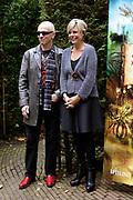 Kinderboekenschrijver Paul van Loon en prinses Laurentien presenteren in de Efteling het nieuwe boek De Sprookjessprokkelaar, een sprookjesboek dat ze samen hebben geschreven. <br /> <br /> Present Children's Writer Paul van Loon and Princess Laurentien in the new book The Sprookjessprokkelaar Efteling, a fairytale that they have written together.<br /> <br /> Op de foto / On the photo: <br /> <br />  Paul van Loon en prinses Laurentien van Oranje