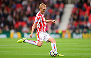 Darren Fletcher of Stoke city in action. Premier league match, Stoke City v Arsenal at the Bet365 Stadium in Stoke on Trent, Staffs on Saturday 19th August 2017.<br /> pic by Bradley Collyer, Andrew Orchard sports photography.