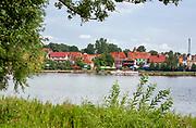 Jeziore Ryńskie - promenada wraz z przystanią Ekomarina